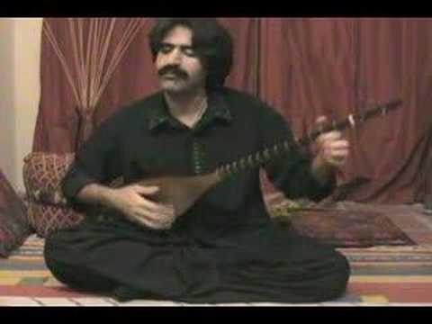 Alireza Feyz Bashipoor plays Kurdish Tanboor